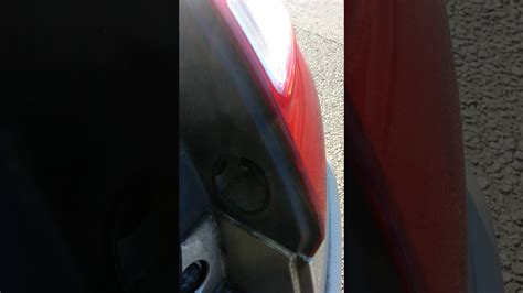 renault megane rear light bulb replacement
