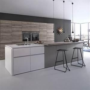 tendance une cuisine bois et laque elle decoration With plan de cuisine en bois