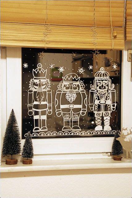Fensterdeko Weihnachten Schule by Die Besten 25 Fensterbilder Ideen Auf