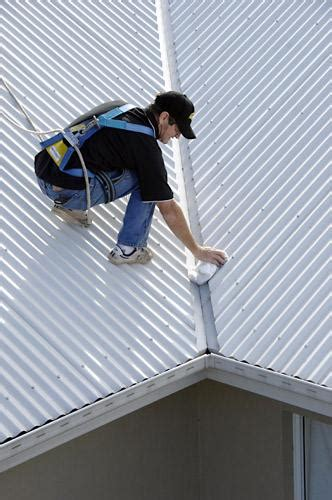 local gutter cleaning find  experts   quotes