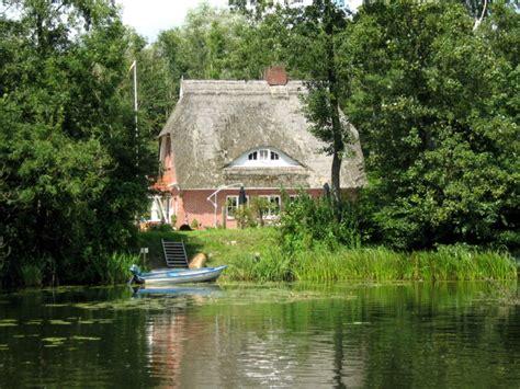 Das Haus Am See Foto & Bild  Landschaft, Bach, Fluss & See, Gebäude  Fassaden Bilder Auf