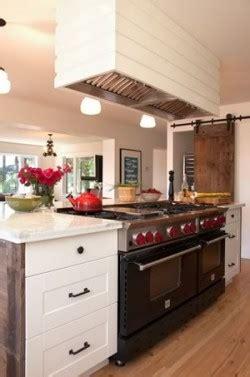 country kitchen blue hill that s entertainment miriam streiman s country kitchen 5995