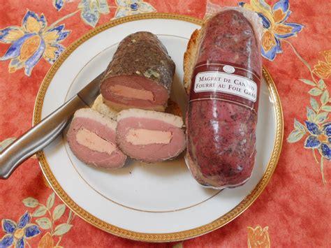 canap駸 au foie gras magret de canard fourré au foie gras