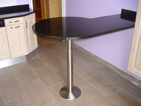 equerre plan de travail cuisine granits déco table bar en granit noir finition