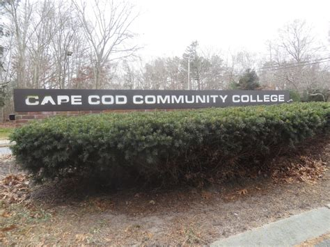 Cape Cod Community College May Arm Campus Officers