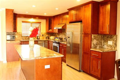 honey colored kitchen cabinets modern kitchen paint colors with oak cabinets 4322