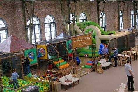 englischer garten münchen kinderspielplatz das wichtelwerk spielen klettern und bewegen unbedingt