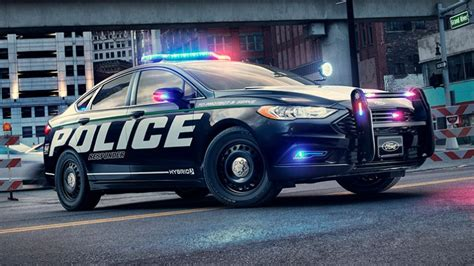Cop Cars by Ford S Hybrid Cop Car May Be But It Still Smokes The
