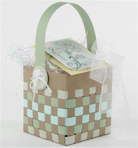 home dzine craft ideas   weave  paper basket