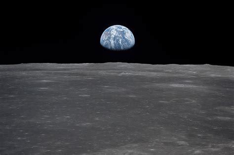 hasselblad celebrates  years   moon   camera