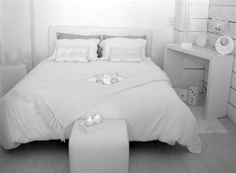 decoration chambre blanche deco pour une chambre blanche visuel 9