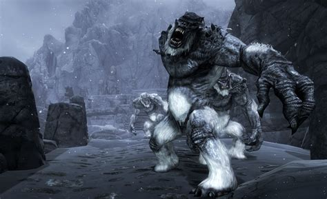 Deadly Creatures - Dangerous animals and monsters - with larger creatures and true giants at ...