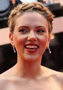 File:Scarlett Johansson 2, 2012.jpg - Wikimedia Commons