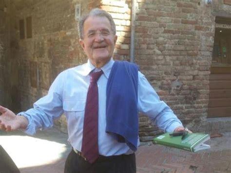 Prodi Seduta by Via Francigena Prodi E Rutelli Cittadini Onorari Di