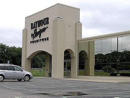 raymond flanigan furniture store