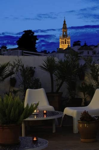 booking hostels in sevilla budgethostels in sevilla
