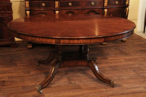 Tables : Large 64-88 Inch Expandable Round Mahogany Dining Table