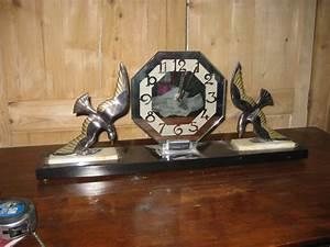 Objet Vintage Deco : n 69 pendule art deco aux oiseaux objets vintage ~ Teatrodelosmanantiales.com Idées de Décoration