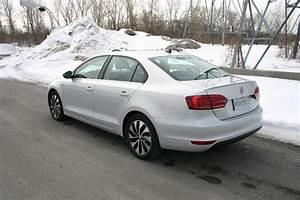 Volkswagen Jetta Hybride : essai routier volkswagen jetta hybride 2013 une colo turbo ecolo auto ~ Medecine-chirurgie-esthetiques.com Avis de Voitures