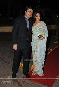 Sonali Bendre with his husband in Sameer Soni and Neelam ...