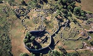 The Mysterious Stone Kingdom of the Great Zimbabwe ...