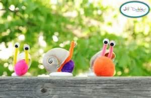 Seashell Crafts to Make at Home
