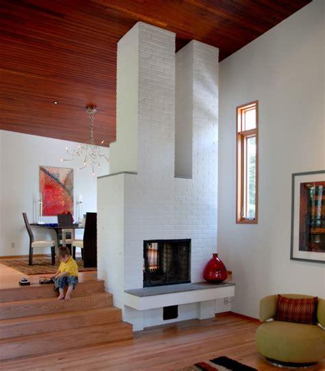 painted brick fireplace 30 ideas of stylish white brick fireplace homesfeed Modern
