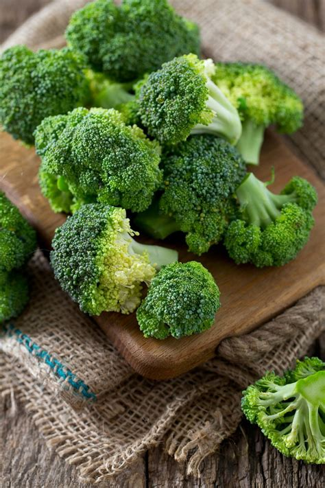 cuisiner des brocolis comment bien cuisiner le brocoli