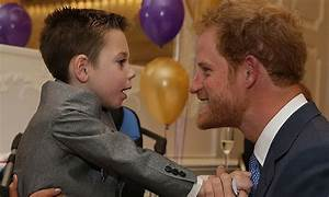 Prince Harry receives hug at WellChild Awards - Photo 1