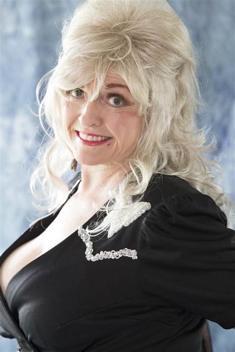 dolly parton biography driverlayer search engine
