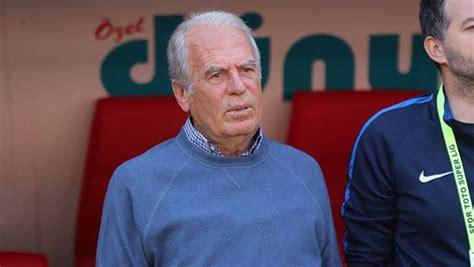 2000 avrupa futbol şampiyonası sonrasında mustafa denizli, fenerbahçe ile anlaştı. Mustafa Denizli nicht länger Trainer von Tractor FC - GazeteFutbol