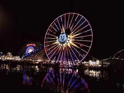 Disneyland Disney California Adventure Navidad Viva Motion