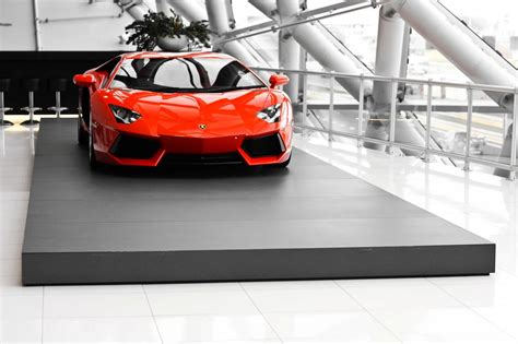 Luxurius Car : Orange Lamborghini Huracan Luxury Car Hd Wallpaper