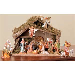 sixteen piece fontanini nativity set
