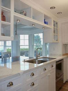 which kitchen cabinets are best 21 best small galley kitchen ideas small galley kitchens 1725