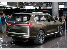 BMW X7 SUV Concept Is a Range Rover Lookalike in Frankfurt