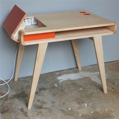 bureau rétro contemporain en bois kolorea orange atelier