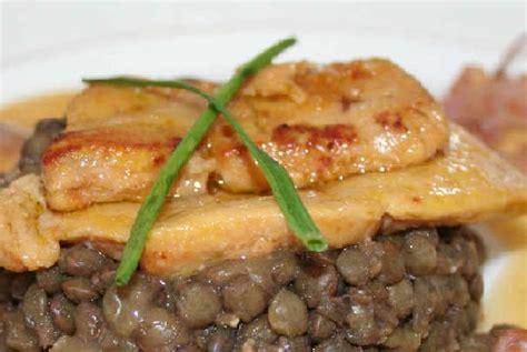 cuisiner le foie gras cru la tendance est au foie gras cru à cuisiner soi même