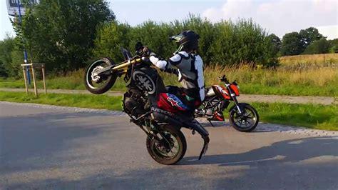 kreidler supermoto 125 stunt day kreidler supermoto 125 dd ktm lc4 wheelie rivals