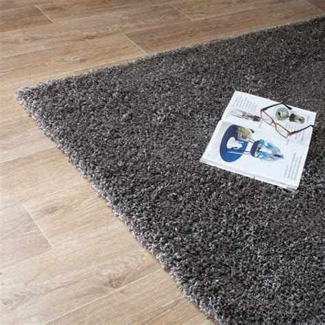 tapis shaggy poil mais de 1000 ideias sobre tapis shaggy no tapis deco lit deux places e tapetes