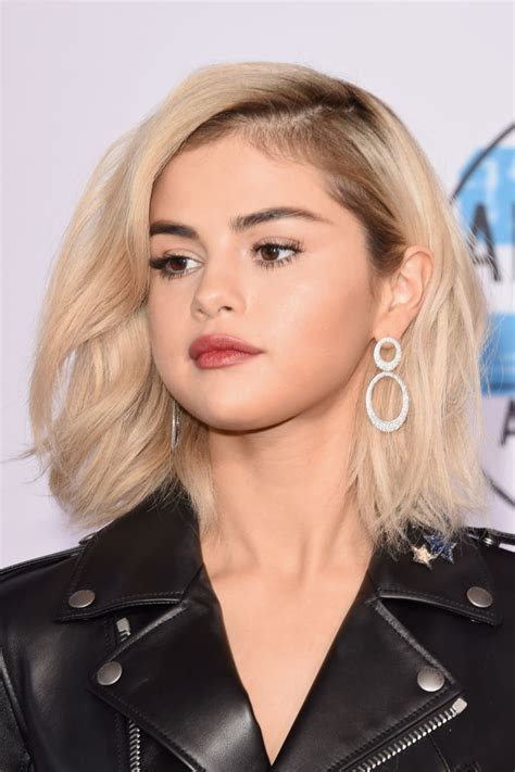 Blond Hair by Selena Gomez S Hair Colorist Breaks New Quot Nirvana