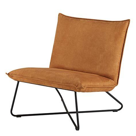 fauteuil en suédine cognac et métal noir lucas maisons