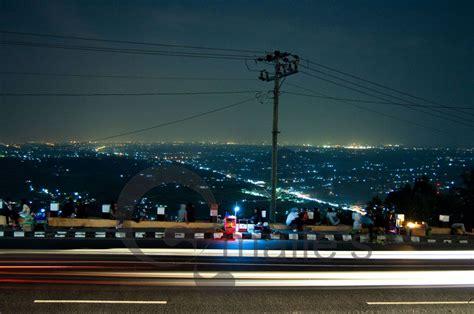 rute  lokasi bukit bintang jogja objek wisata malam