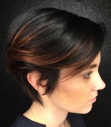 flattering short hairstyles  fine hair  bangs