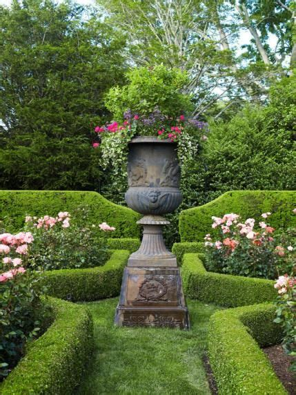 Classic Connecticut Garden by 17 Best Images About Colonial Home Landscaping On