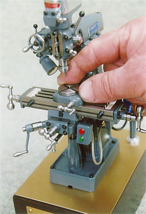 Tabletop Cnc by Best Small Full Featured Milling Machine