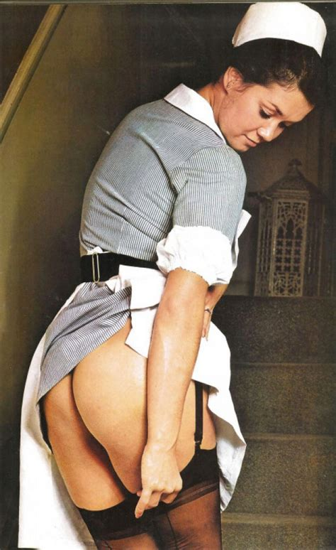 Retro Nurse Pulls Her Stocking And Reveals Her Naughty Ass