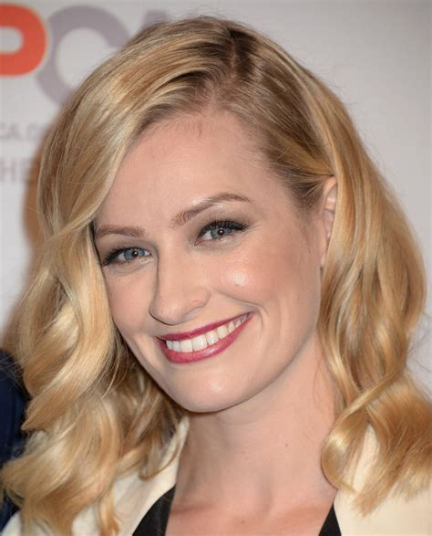 Beth Behrs Aspca Benefit Los Angeles