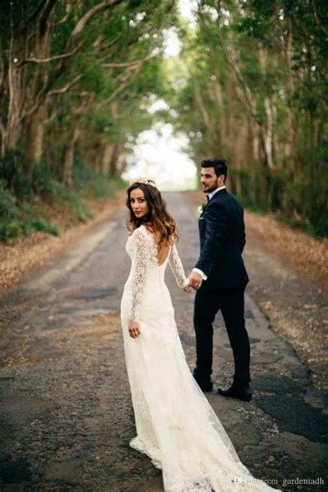 20 Enchanting Wedding Photo Ideas For Woodland Brides