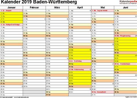 Op deze website staat iedere online jaarkalender / kalender voor o.a. Kalender 2021 Baden Württemberg Kostenlos - Kalender 2021 zum Ausdrucken als PDF (19 Vorlagen ...